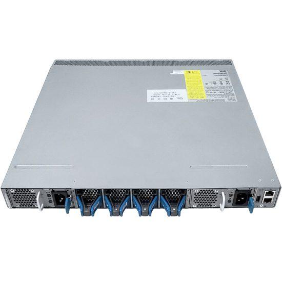 Nexus 3132QX, Rev Airflow (port side intake),AC P/S, LAN En # N3K-C3132Q-X-BA-L3